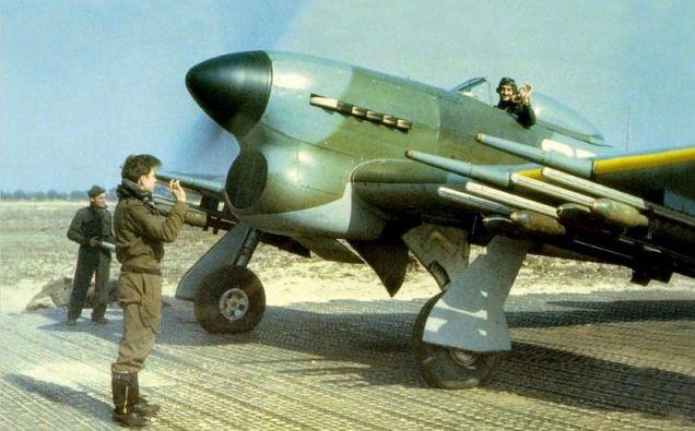 Typhoon-RCAF-Sqdn-occupied-Europe