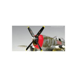 p-47d-thunderbolt-figurine-gabreski2