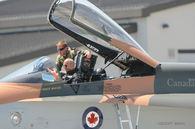 CF-18_Cheech_Breitling_Jacques_4391