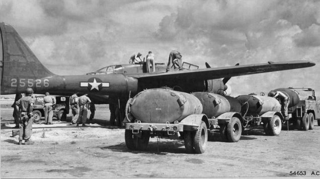 6th_night_fighter_squadron_-_p-61_black_widow