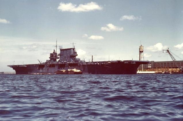uss_saratoga_cv-3_at_pearl_harbor_1942